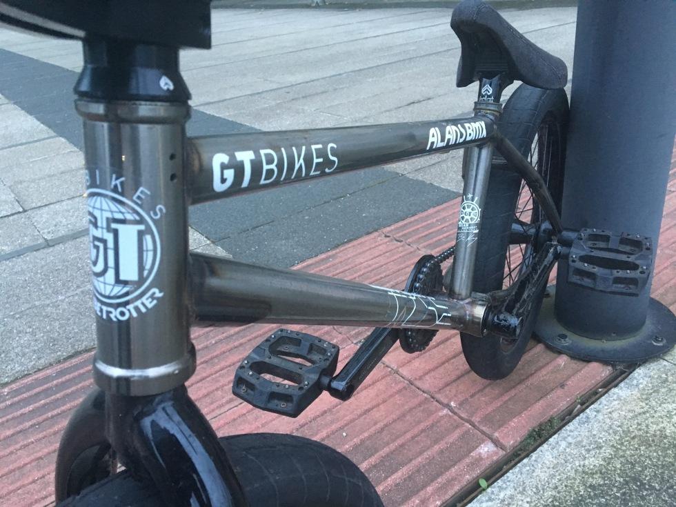 tariq-gt-bike-frame
